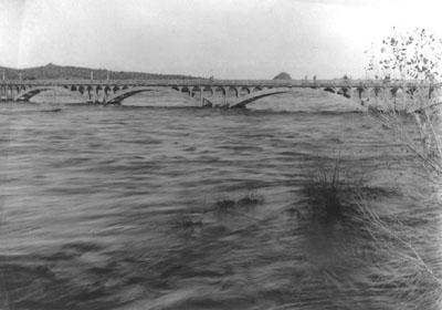 AshAveBr_1914_Flood