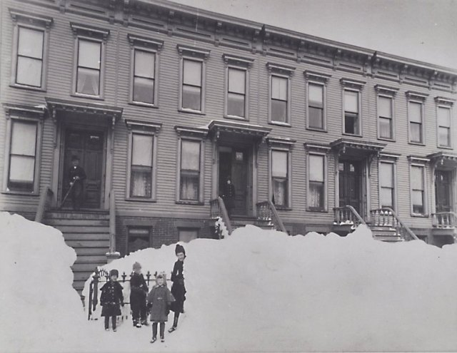 Brooklyn_Museum_-_Blizzard_of_March_1888_Brooklyn_-_Breading_G._Way_-_overall